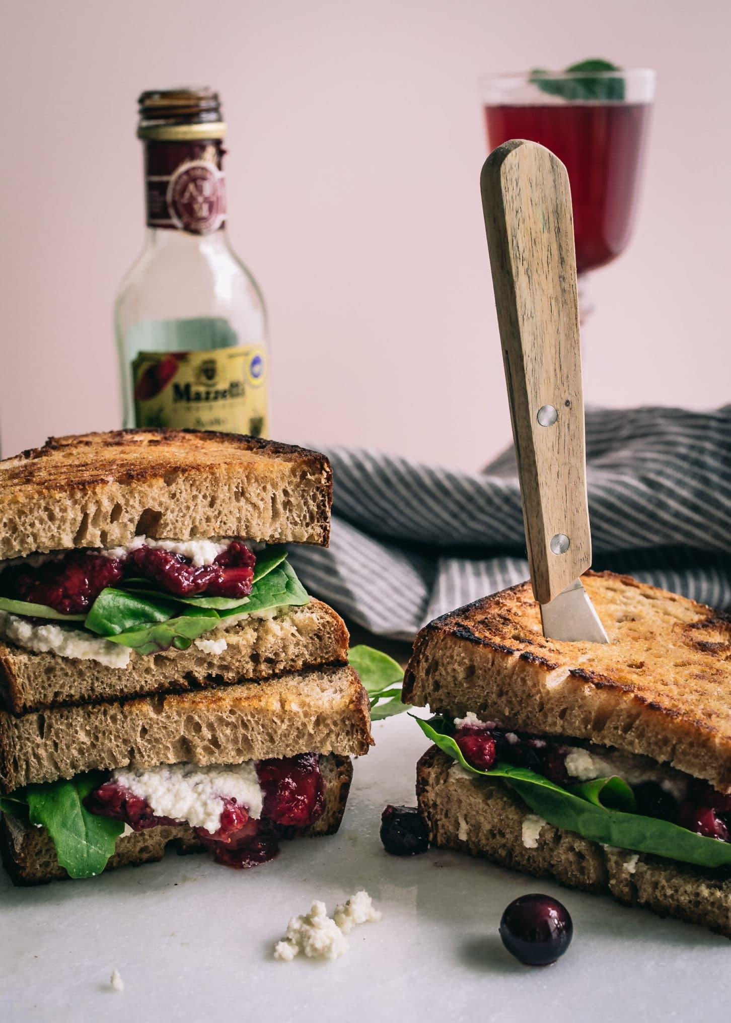 Vegane Rezepte mit Erdbeeren: Sandwich