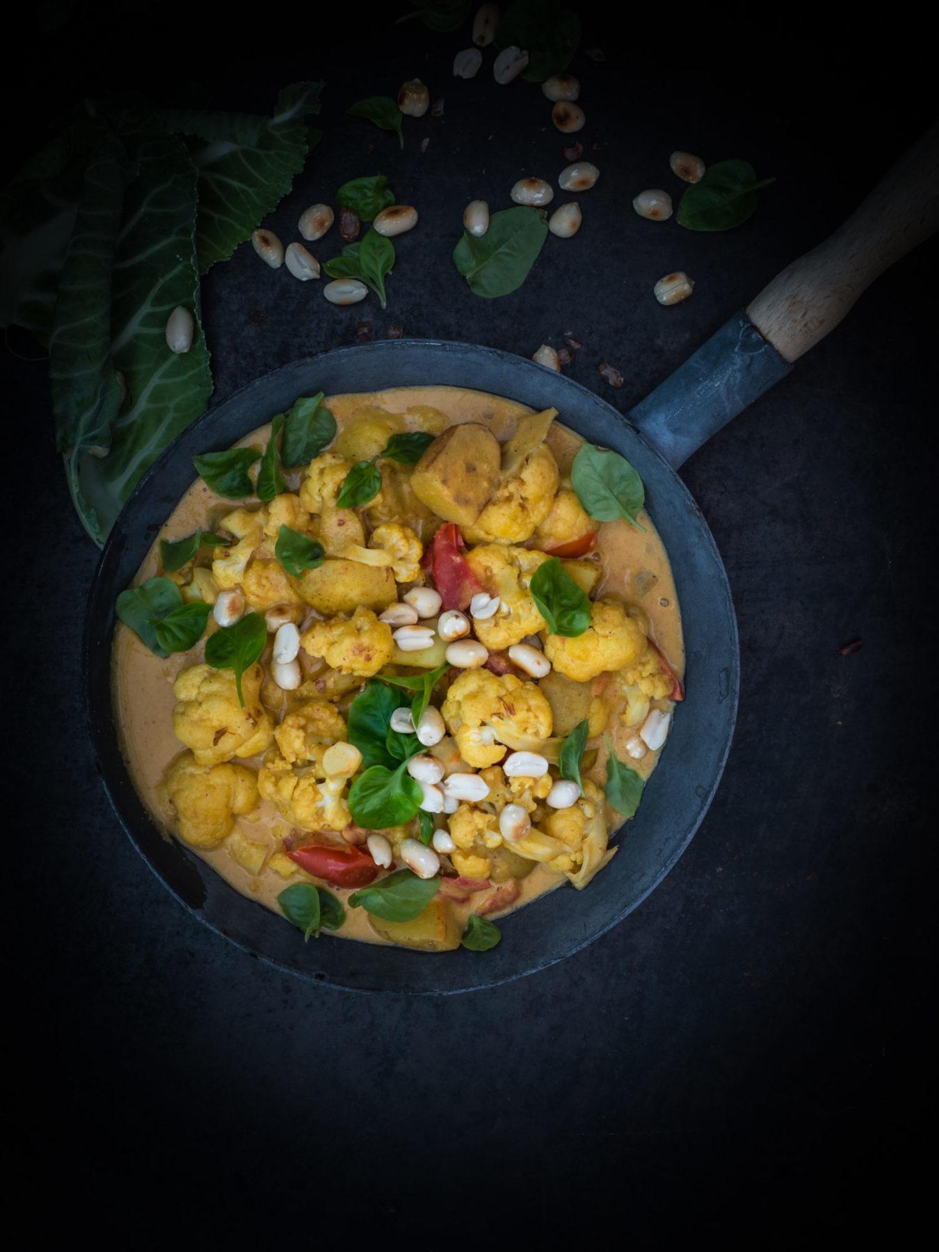 Blumenkohl Erdnuss Curry