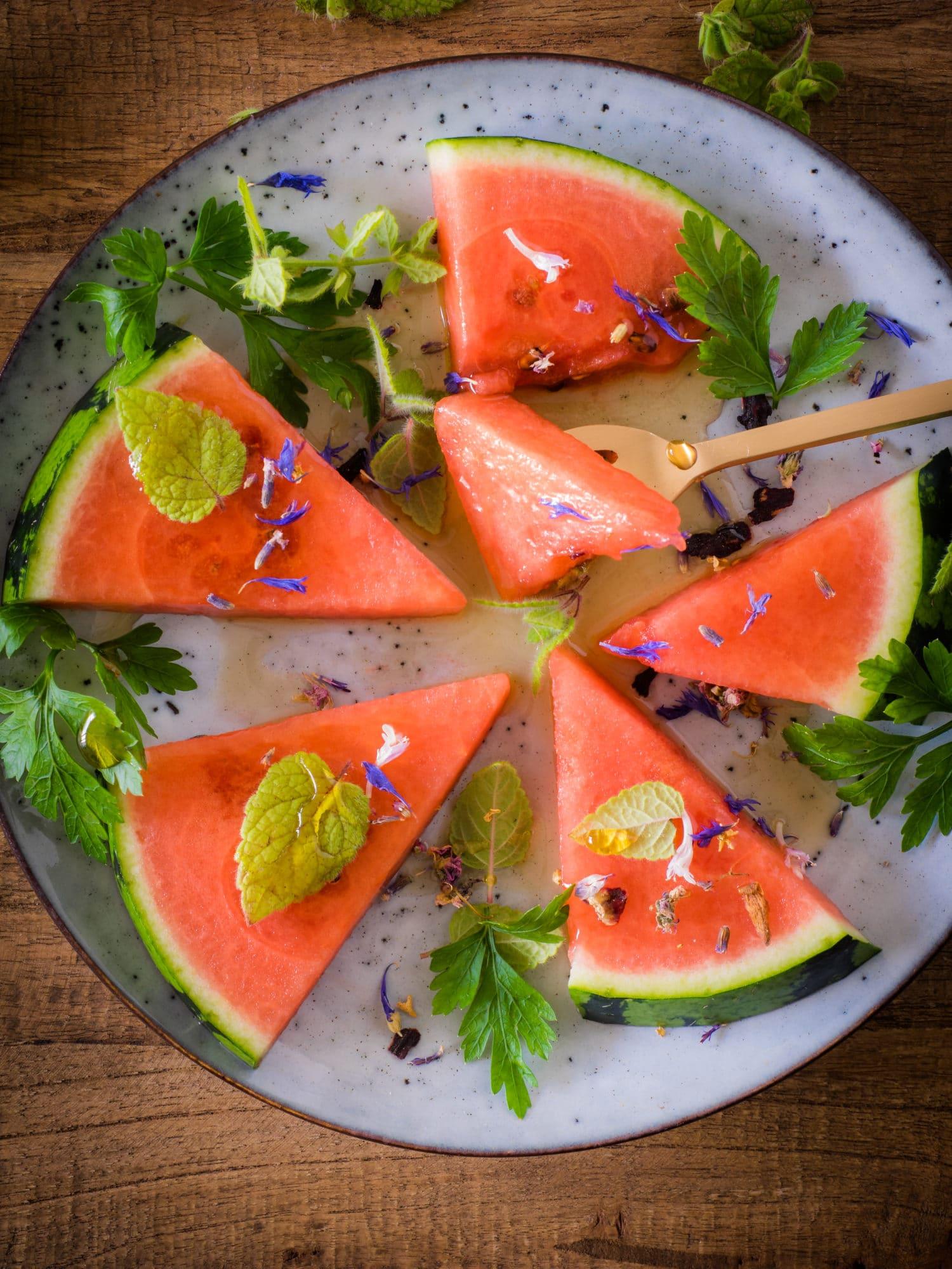 Wassermelone mit Petersilie