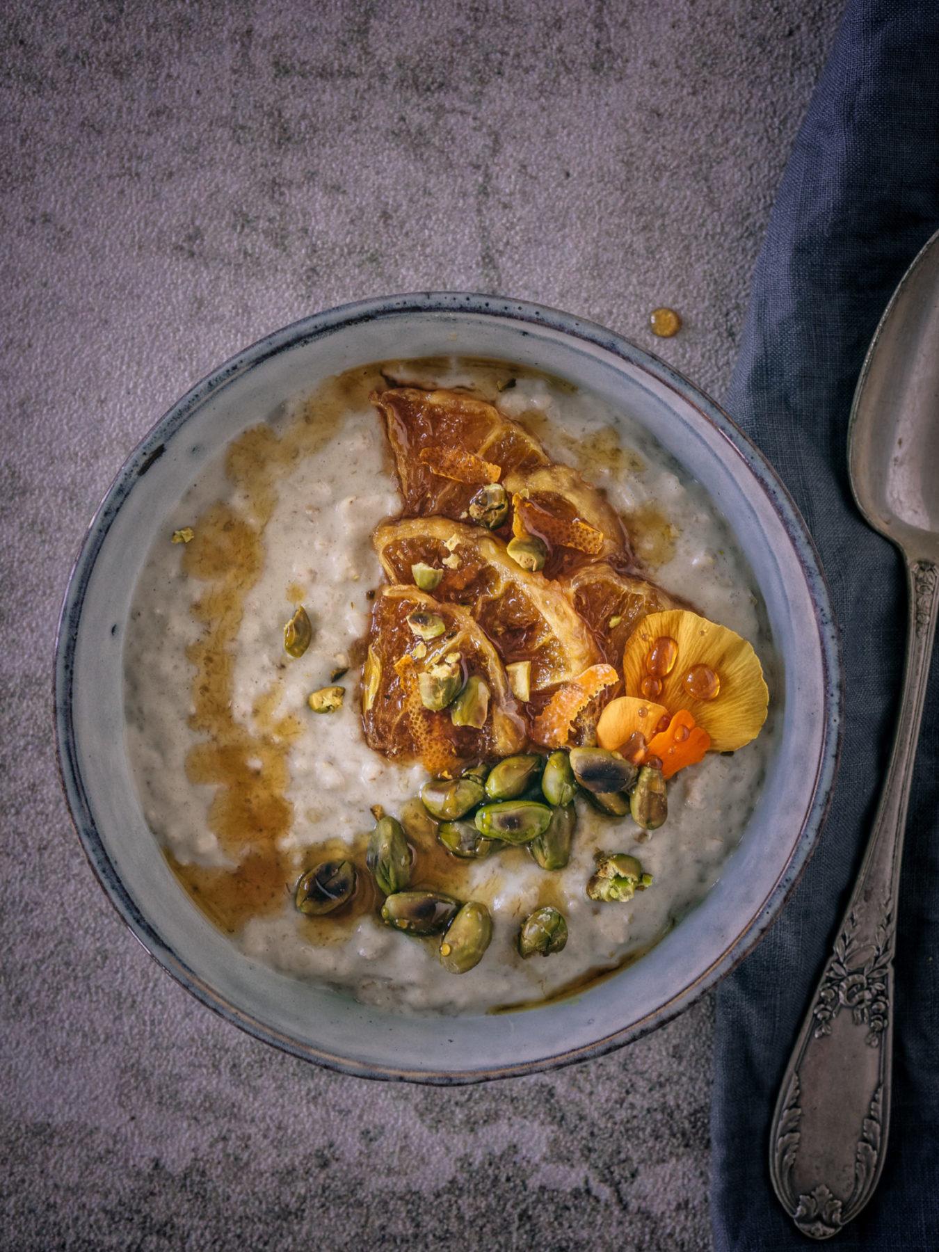 Tahina Porridge - warmes Frühstück