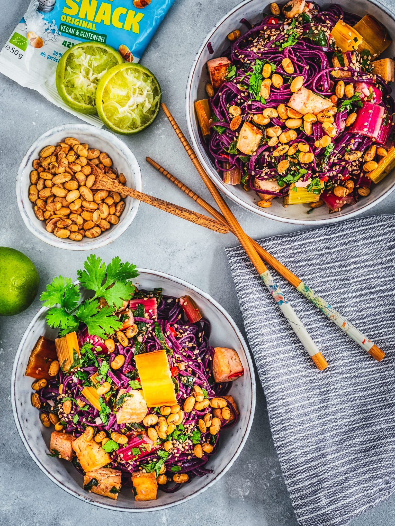 Reisnudel-Rezept-bunter-Mangold-Kokos-Limetten-Tofu-Soja-Crunch-veganer-foodblog-happy.mood.food
