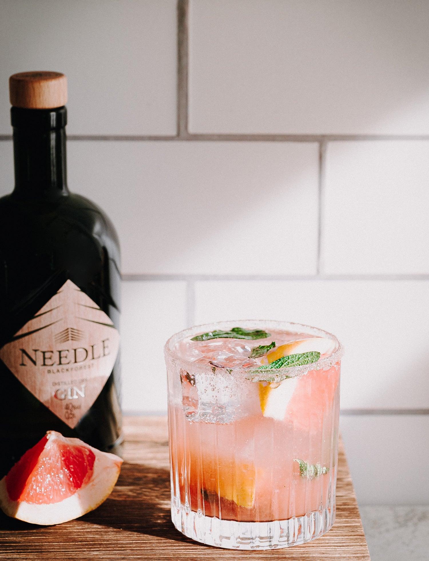 Gin Tonic Rezept mit Needle Gin und Grapefruit